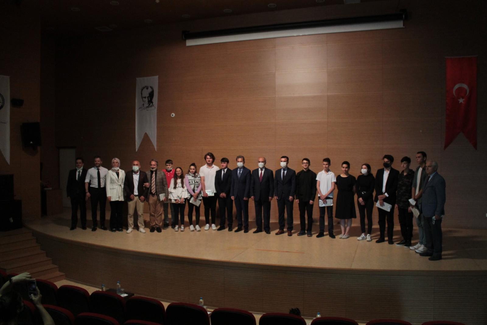 İletişim Fakültesinde 15 Temmuz Konulu Şiir Yarışması Düzenlendi