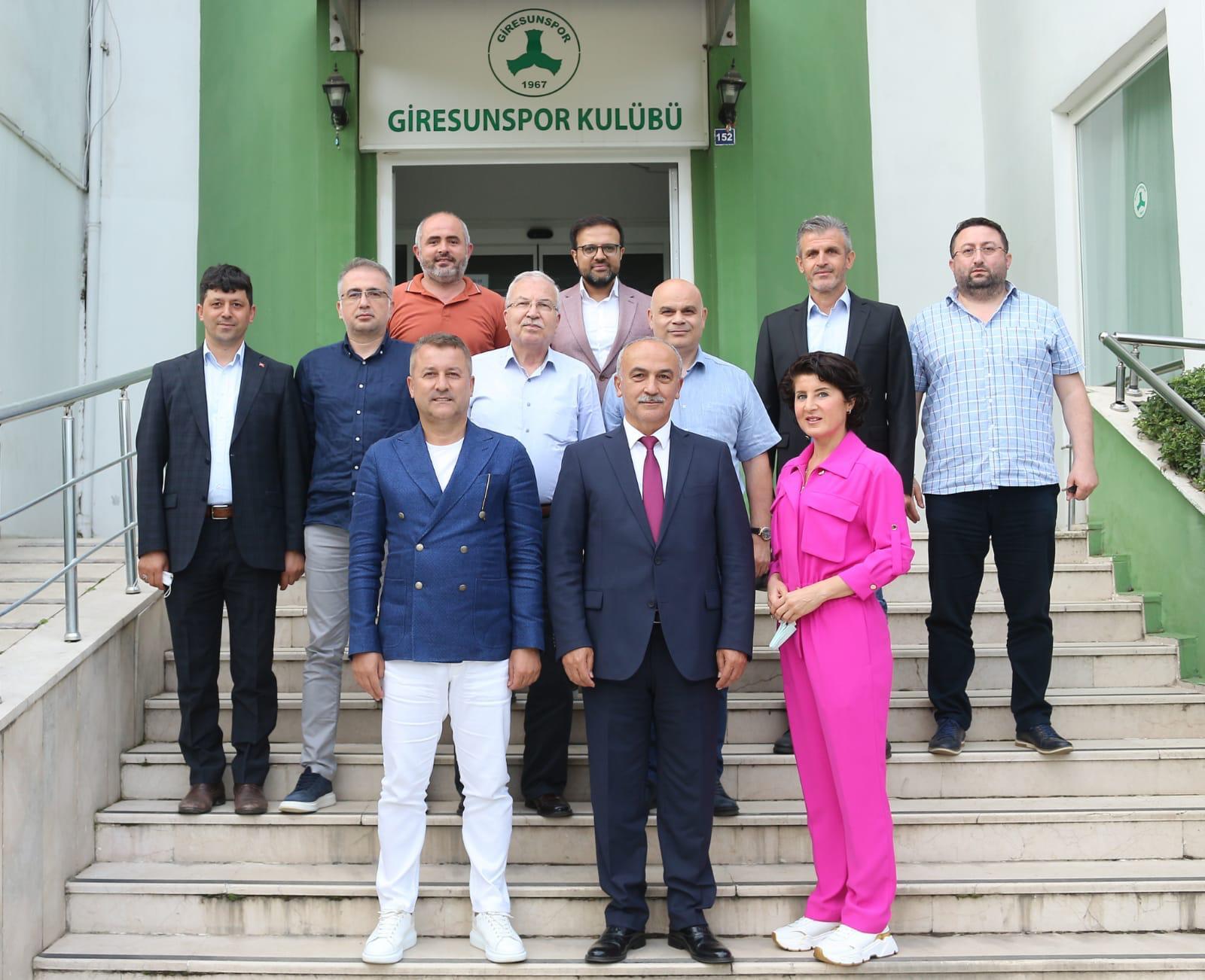 Üniversitemiz Heyetinden Giresunspor'umuza Ziyaret