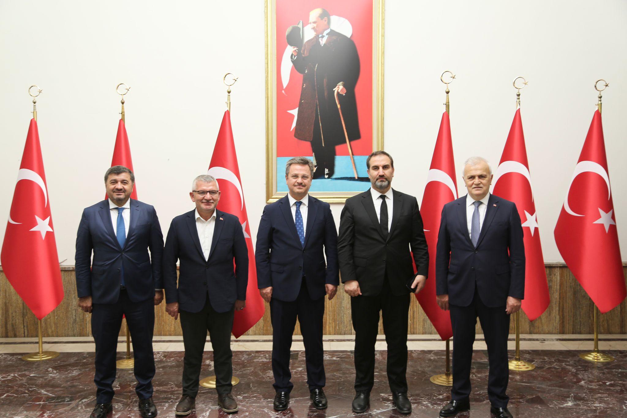 AK Parti AR-GE Başkanı Şen'den Vali Ünlü'ye Ziyaret