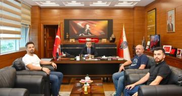 Yönetim kurulumuz Giresun İl Emniyet Müdürü Saruhan Kızılay'ı makamında ziyaret etti.