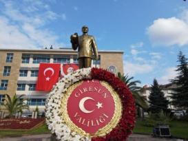 Giresun'da Cumhuriyet Bayramı Kutlamaları Çelenk Sunum Töreniyle Başladı